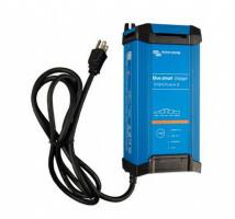 Victron Blue Smart IP22 Acculader 12/30 (3) UK BS1363